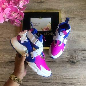 NWT 🔥 Nike Huarache City (GS) Sneakers, AJ6662401